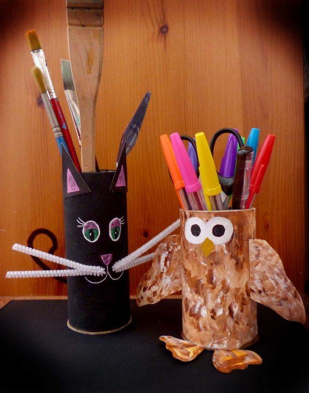 2 pencil holders
